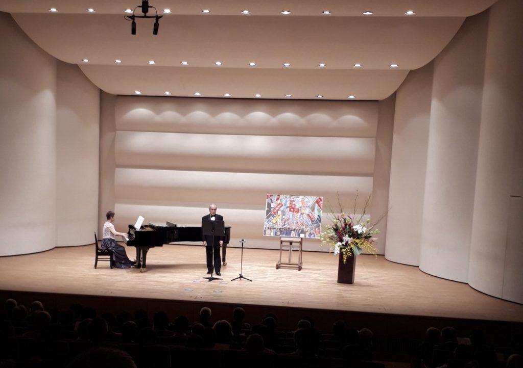 テノール独唱会の安藤勉氏の写真